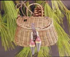 ORNAMENTS FOR THE ANGLER: 4X7 MINI FISH BASKET WITH BOBBERS