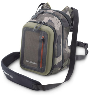 <font color=red>On Sale - Clearance</font><br>Simms Headwaters Chest Pack - Camo