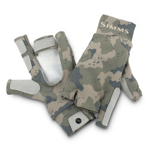 <font color=red>On Sale - Clearance</font><br>Simms SunGloves - Simms Camo